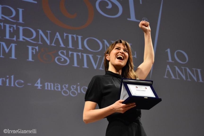 Paola Cortellesi e le Segretarie: al Bifest le lavoratrici dello spettacolo sono donne che credono nella proprialibertà