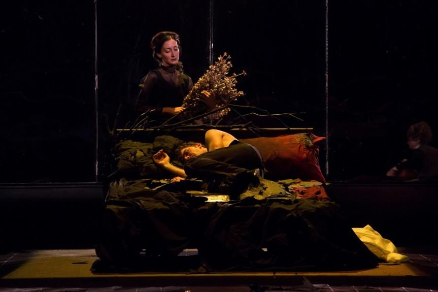 """""""Euridice e Orfeo"""" diretto da Davide Iodice: la caduta dell'uomo nell'oblio dellaconsapevolezza"""