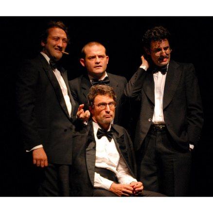 New Magic People Show debutta all'Athénée Théâtre Louis-Jouvet diParigi