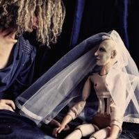 BLU. Silvia Battaglio firma uno studio fotografico per la costruzione di un Amore
