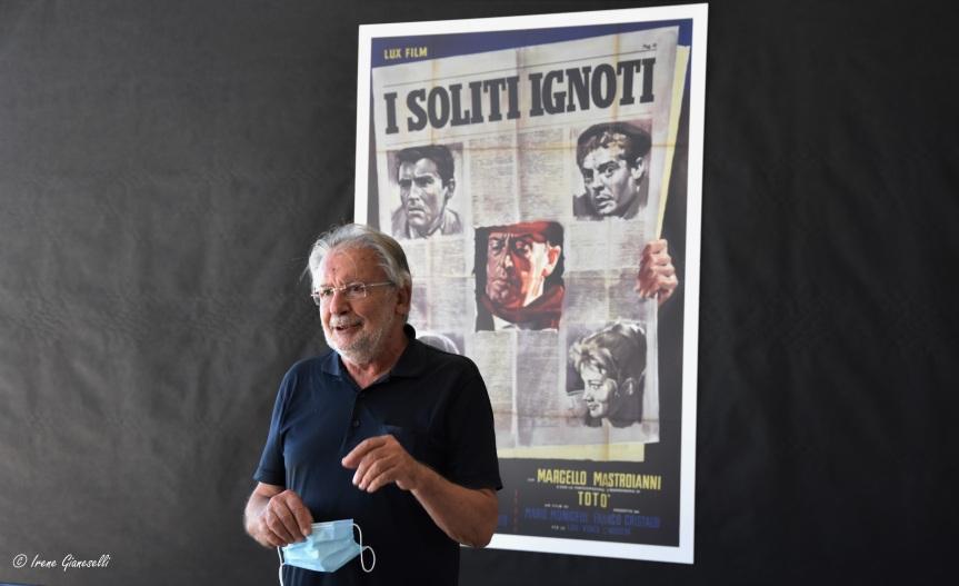 Inaugurata la Mostra Mario Monicelli: 90 scatti da una vita anticonformista eimmortale