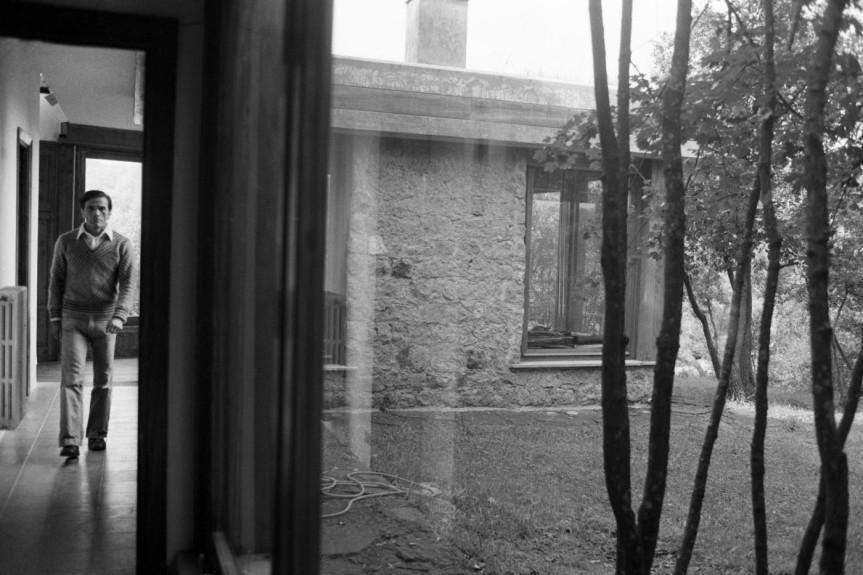 Casale in vendita, ma è la Torre di Chia che fu dimora di Pier PaoloPasolini
