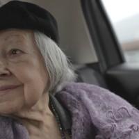 Lidia Menapace come Rosa Luxemburg: non si può vivere senza una giacchetta lilla