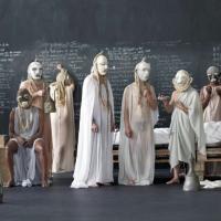 Una festa tra noi e i morti: Eschilo secondo Anagoor